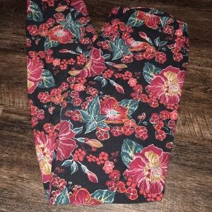 LuLaRoe OS floral leggings